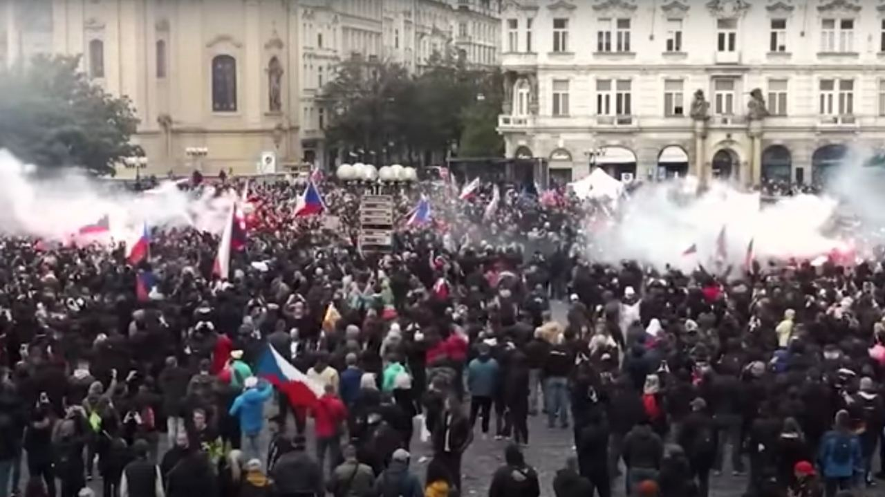 Eastern Europe is boiling, the media continues to lie: Prague and Bratislava weekend protests